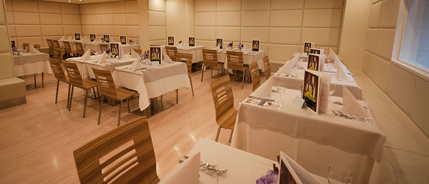 Hotel Antico Borgo, Riva, Lake Garda, Italy - dining room.jpg